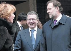 Esperanza, Granados y Rajoy