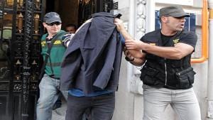 Alejandro de Pedro, detenido por la policía