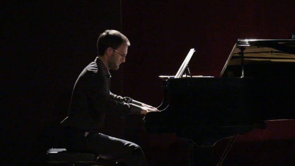 """Raúl Barrio, al piano en la ópera """"A Medida"""" en Madrid"""
