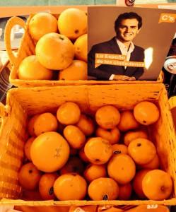 Naranjas en la capa informativa