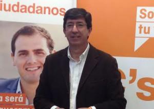 Juan Marín, con Albert Rivera al fondo