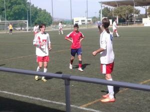 Hoyos (izquierda) marcó los dos goles del Rayo Majadahonda C