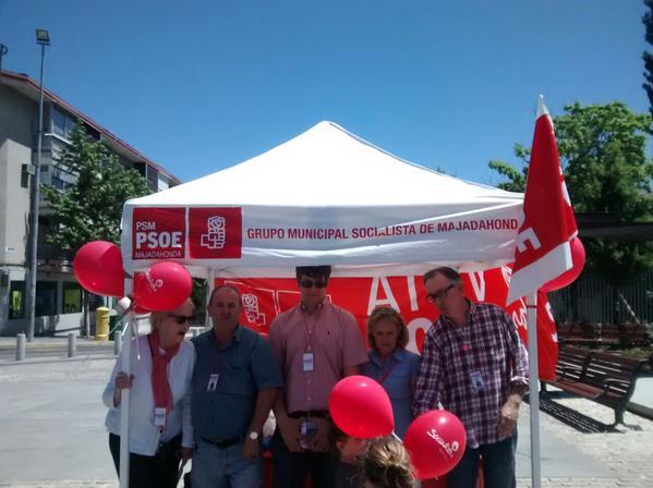 Zacarías Mtnez, portavoz del PSOE, de MJD, en campaña
