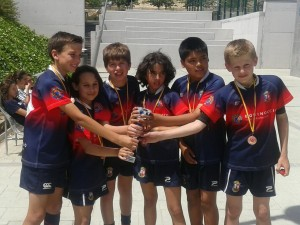 Equipo de Benjamines tras finalizar los partidos de la Copa de Plata