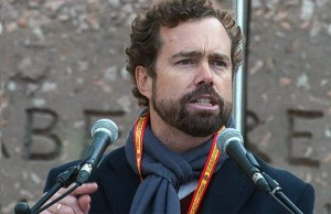 Ivan Espinosa en un acto por la unidad de España