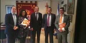 Narciso de Foxá y Alfonso Reina junto a otros dirigentes de Ciudadanos