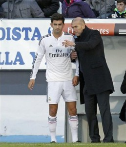 Zidane sigue en el Real Madrid Castilla