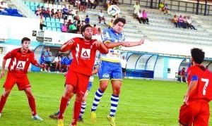 """El Rayo Majadahonda vistió con su segunda equipación y jugó como """"la roja"""""""