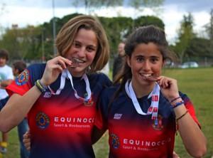 Jugadoras Carmen y Lucía Díaz del C. R. de Majadahonda