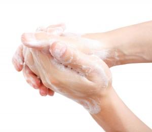 laver-desinfecter-salissures-mains-savon_1369919325