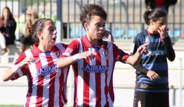 Los goles de Amanda Sampedro levantan a la afición