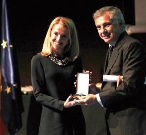Carolina Sanz recibe la máxima distinción deportiva del CSD