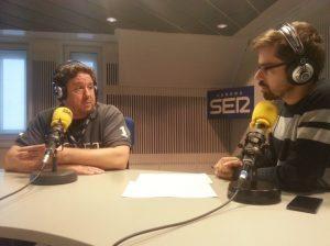 El periodista Alberto Pozas con el ex concejal majariego Peñas