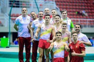 el-equipo-masculino-de-gimnasia-artistica-2