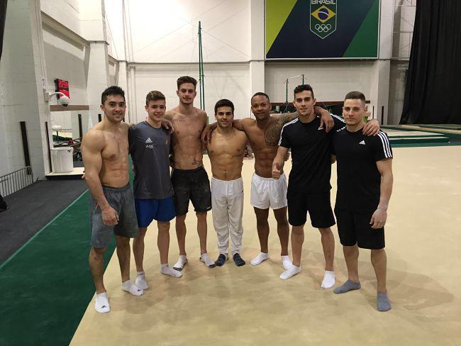 el-equipo-masculino-de-gimnasia-artistica-4
