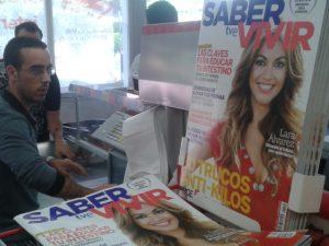 Portada de Lara Alvarez en un supermercado de Majadahonda