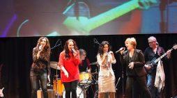 Cristina del Valle da las gracias al público de Majadahonda que acudió a su concierto