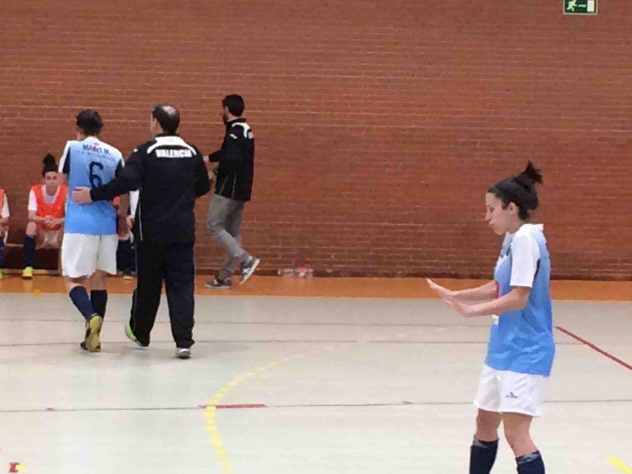 """Fútbol Sala Femenino: Majadahonda pierde el """"derby"""" ante el Móstoles (4-5) en los últimos 5 minutos"""