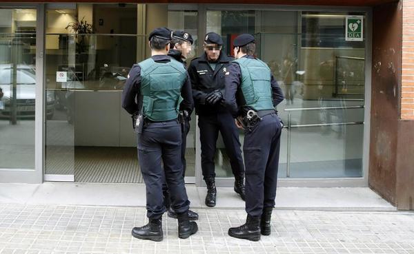 La Guardia Civil registra un despacho de Majadahonda por sus pagos al partido de Pujol