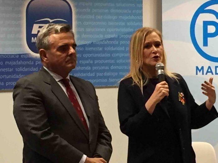 La prensa valora el apoyo del PP de Majadahonda a Cristina Cifuentes