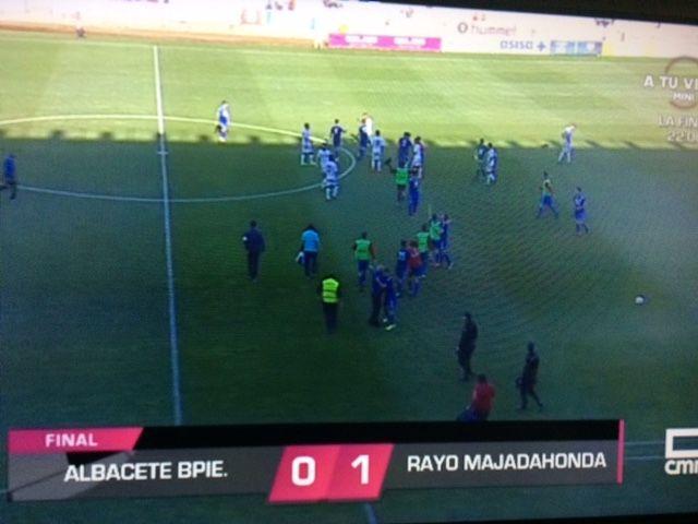 Rayo Majadahonda roe el queso mecánico y triunfa ante el líder Albacete (0-1)
