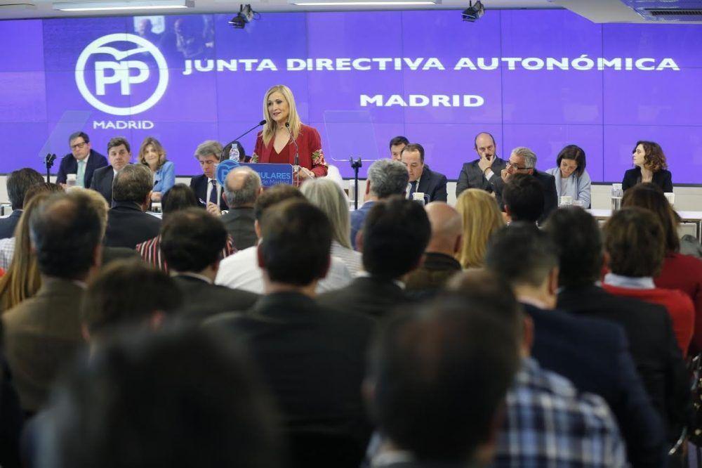 Cifuentes anuncia elecciones internas del PP en Madrid: Majadahonda abre urnas