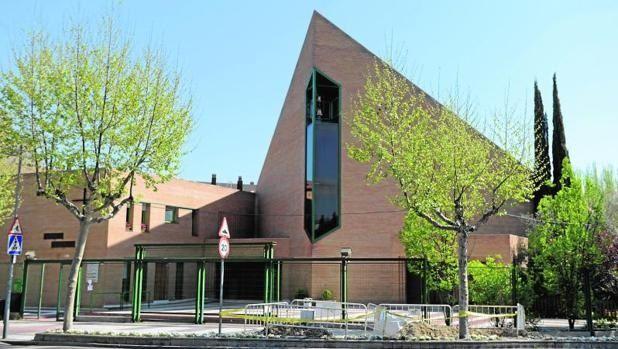"""""""Conversaciones en Majadahonda"""": la parroquia Santa María organiza un ciclo de conferencias sobre religiosidad"""