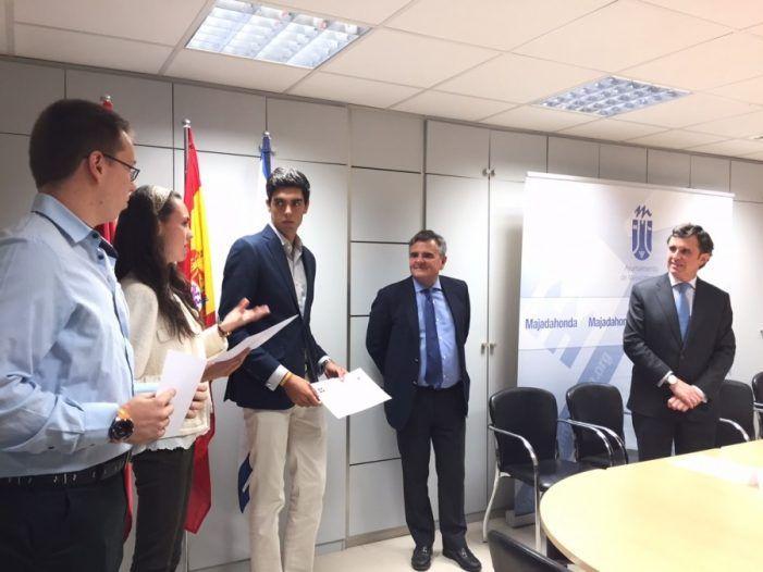 La Universidad Francisco de Vitoria ofrece sus becas de estudios a los mejores alumnos de Majadahonda