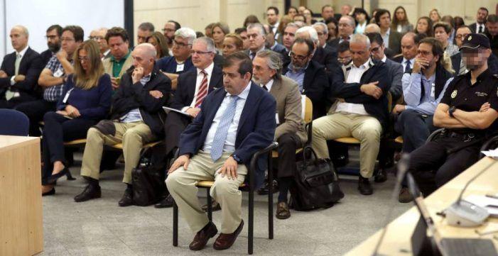"""Ex concejales del PP de Majadahonda acusan a Willy Ortega: """"no quiso vender las parcelas a más precio"""""""