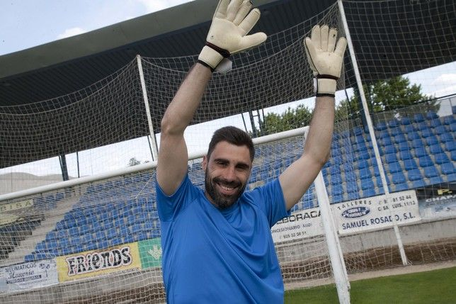 """Rayo Majadahonda renueva a Basilio y Oliva, cede a Borja Acha y """"vigila"""" a 5 juveniles"""