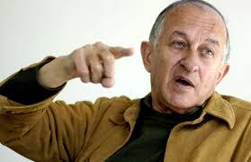 "Juan Goytisolo: premiado por unos, ""triturado"" por todos"