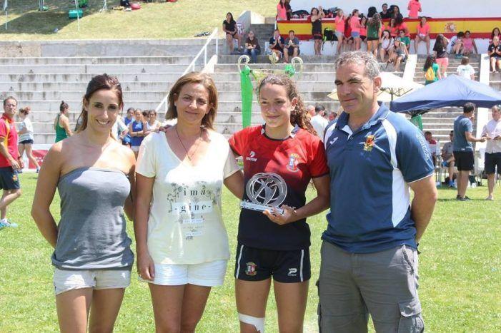 """Rugby femenino: CR Majadahonda va 3ª en la Copa de la Reina y María García """"Leona Iberdrola"""""""