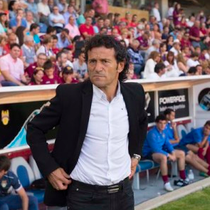 El entrenador del Pontevedra incluye al Rayo Majadahonda como aspirante al ascenso a 2ª A