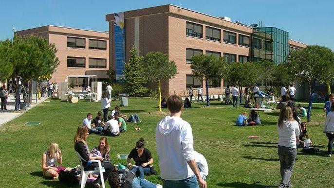 Universidad Francisco de Vitoria y MJD Magazin: compromiso por la formación universitaria y profesional