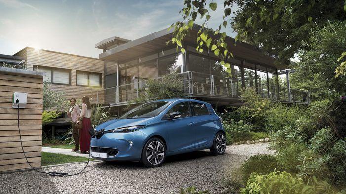 """Cambio climático: Mapfre Majadahonda """"regala"""" en julio dos Renault Zoe eléctricos a sus empleados"""