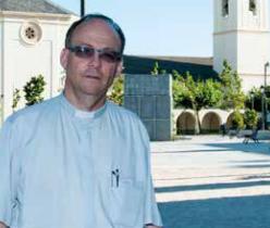El párroco de Majadahonda reivindica en su pregón religioso las tradiciones de la ciudad