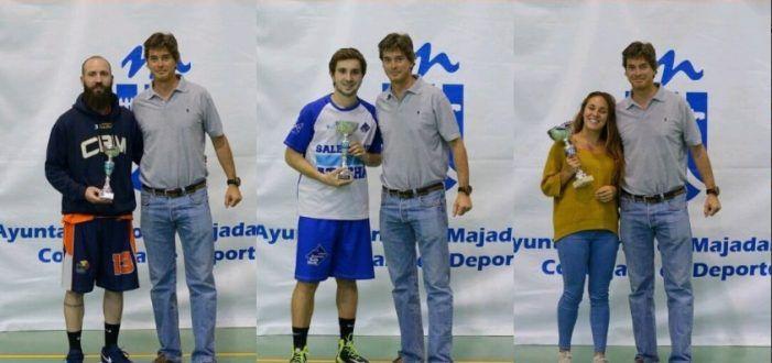 Baloncesto: Los equipos Masculino y Femenino cierran las fiestas con la copa del Torneo de Majadahonda
