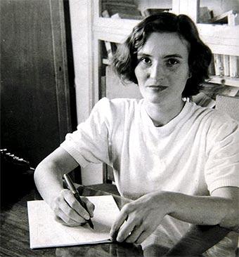 "La SER clasifica el libro ""Nada"" de Carmen Laforet (Majadahonda) como ""la primera novela femenina moderna en España"""