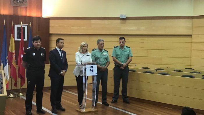 Dancausa avala en Las Rozas al comandante Julián Martínez (Guardia Civil Majadahonda)
