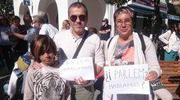 """La """"marea blanca"""" de Majadahonda reclama """"no ceder el diálogo de Cataluña a los políticos"""""""