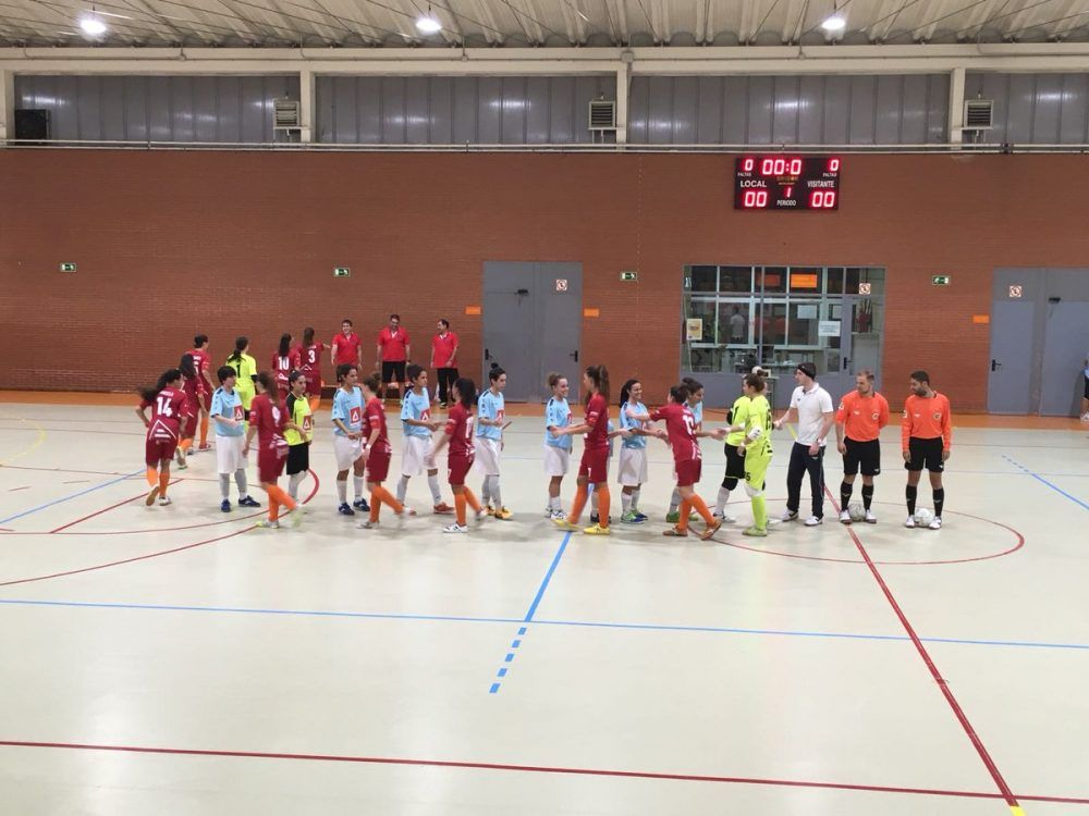 """Fútbol sala femenino: los """"angeles"""" de Alicante vuelan y golean en Majadahonda (1-4)"""