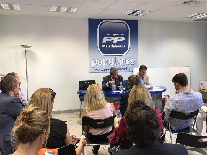 """PP Majadahonda: La """"marea catalana"""" aporta 22 nuevos afiliados y nuevo curso de formación sobre """"Democracia"""""""