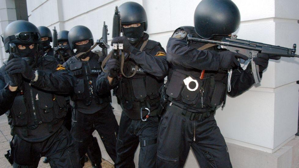 """La policía de Majadahonda aprende """"técnicas y protocolos de actuación"""" frente al terrorismo yihadista"""