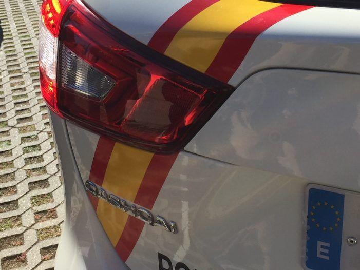 """Las puertas de los 4 nuevos coches de policía de Majadahonda hacen de escudos """"antibalas"""""""