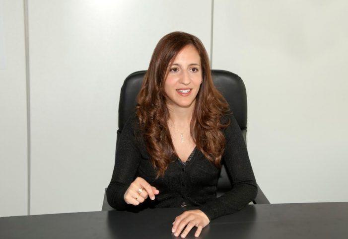 """Entrevista a la escritora Ana Lena Rivera: """"Majadahonda me tiene enamorada"""""""
