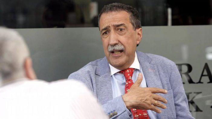 """El escritor Vicente Araguas se confiesa """"amante del cine en domingo"""" y miembro de Cines Zoco Majadahonda"""
