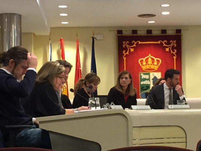 """El debate sobre los funcionarios """"carga"""" el """"espíritu navideño"""" del Ayuntamiento de Majadahonda"""