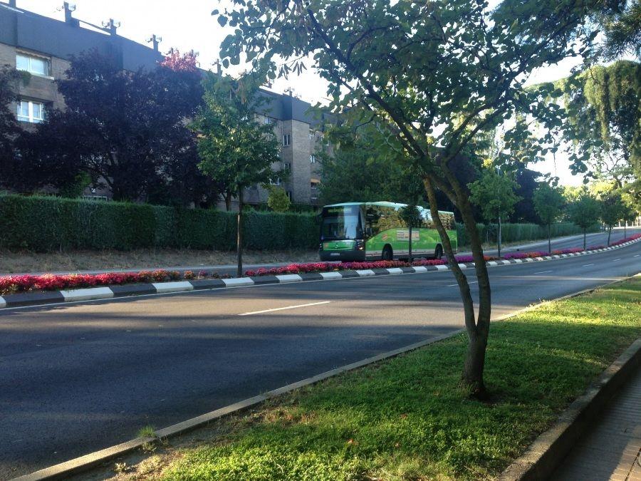 Protagonistas Majadahonda: nueva línea de bus con Boadilla, artesanía africana, cursos para padres y jóvenes