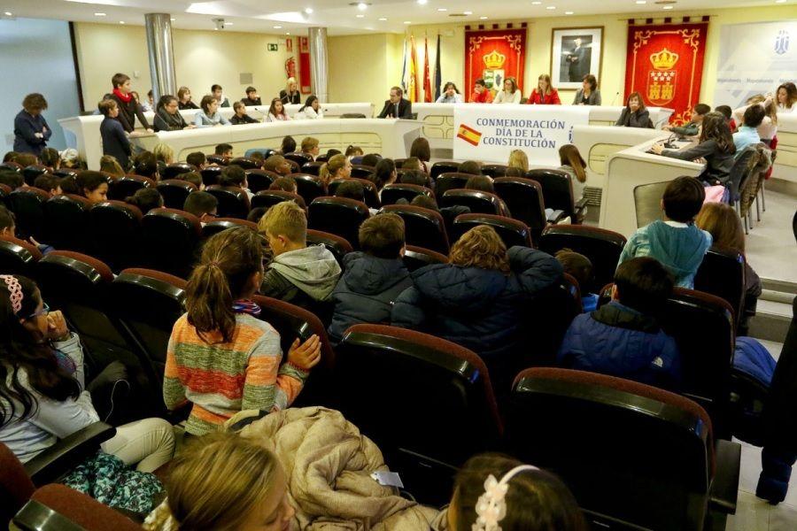 """""""Eufemismos homosexuales"""" sobre el """"teatro"""" de los 2 concejales de Ciudadanos (Cs) Majadahonda"""
