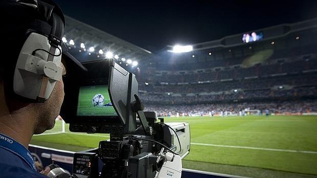 """Dos televisiones """"globalizan"""" el derby Rayo Majadahonda-Real Madrid Castilla"""